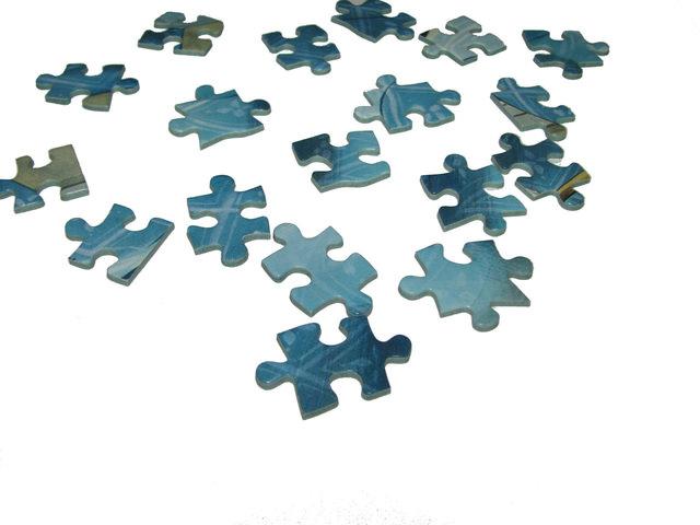 jigsaw-1173040-640x480_mini